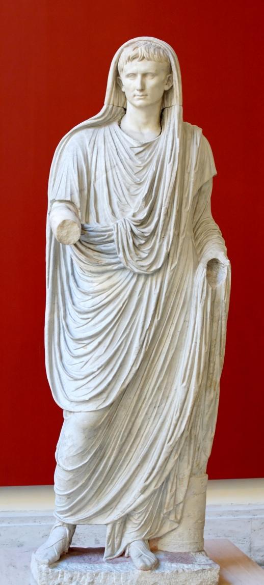Auguste de la Via Labicana, dernière décennie du Ier s. av. J.-C., marbre, H. : 225 cm. ; L. : 70 cm., Roma, Museo Nationale Romano di Palazzo Massimo alle Terme.