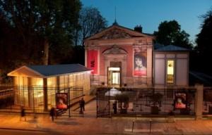 musée-du-Luxembourg-façade-de-nuit---630x405---©-OTCP-DR_block_media_big