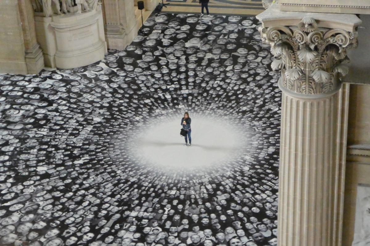 L'installation monumentale de JR au Panthéon