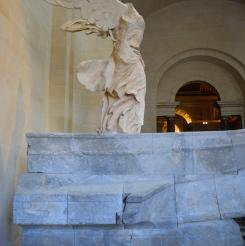 La Victoire de Samothrace après restauration, escalier Daru. Paris, musée du Louvre. © Damien Tellas