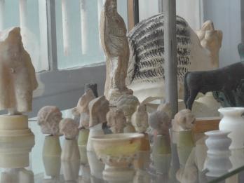 Vue de l'atelier, ici la collection d'antiques du sculpteur