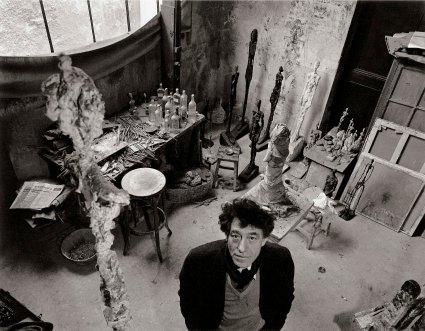 Robert Doisneau, Alberto Giacometti dans son atelier, 1957,© Atelier Robert Doisneau