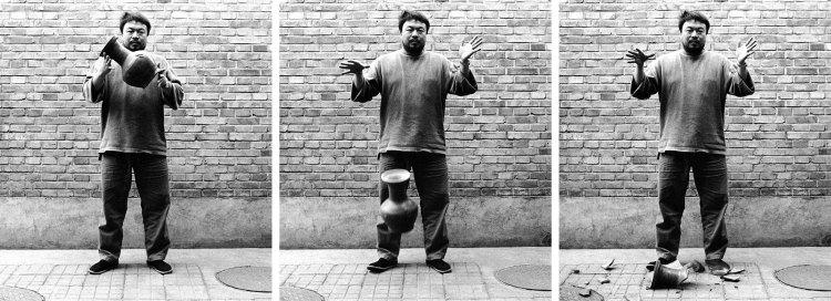 Ai Weiwei, Dropping a Han Dynasty Urn, 1995