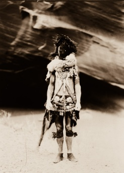 Edward S. Curtis, Nayenezgani membre des Najavo, 1904