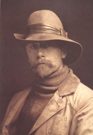 Edward S. Curtis, Autoportrait, 1899